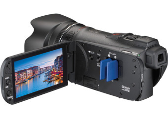 Canon vixia hf g10 video camera with two memory card slots